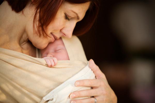 woman-holding-newborn.jpg