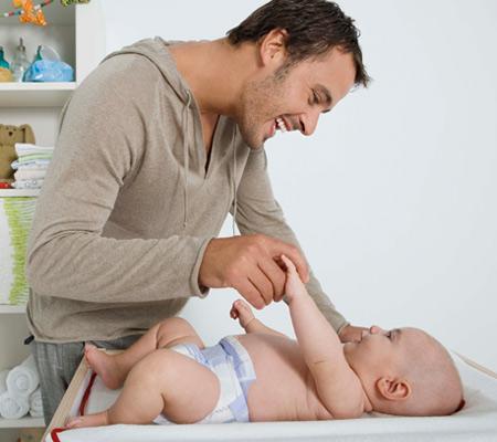 dad-baby-photo-450x400-ts-86517852.jpg