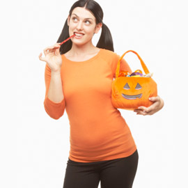 Halloween_mom_eating_candy.jpg