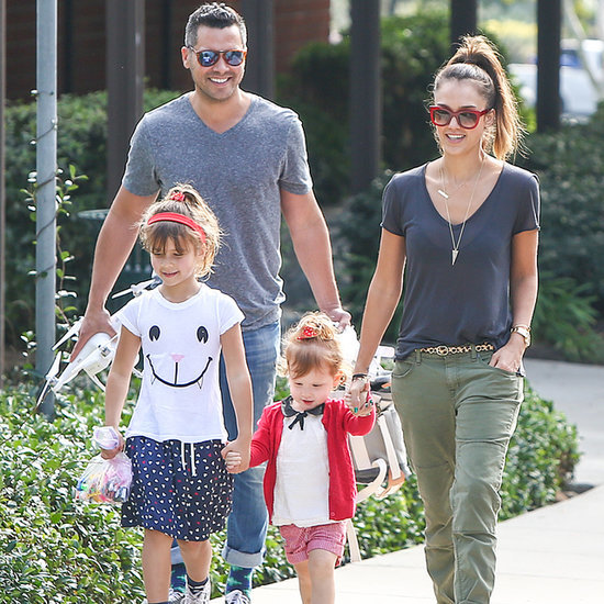 Jessica-Alba-Family-Park-Date-January-2014-Pictures.jpg