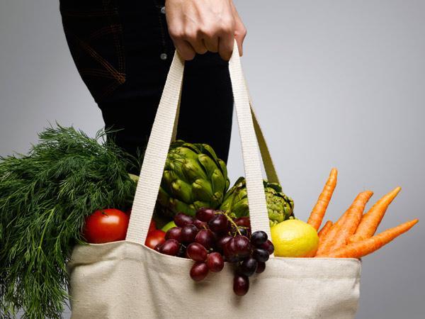 fruits-veggies-TS-sb10068539ai-001.jpg