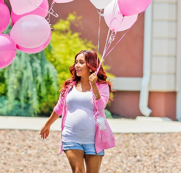 rs_634x1024-140716094540-634.snooki-welcome-home-after-baby-071614.jpg