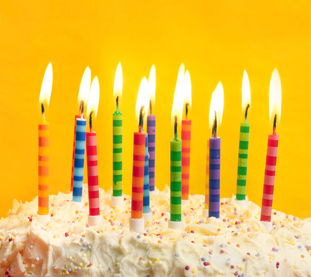 Image via: birthday-cake-pictures.com