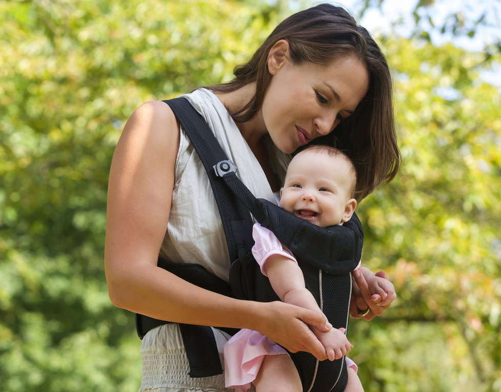 The Most Common Baby-Wearing Mistakes Parents Make