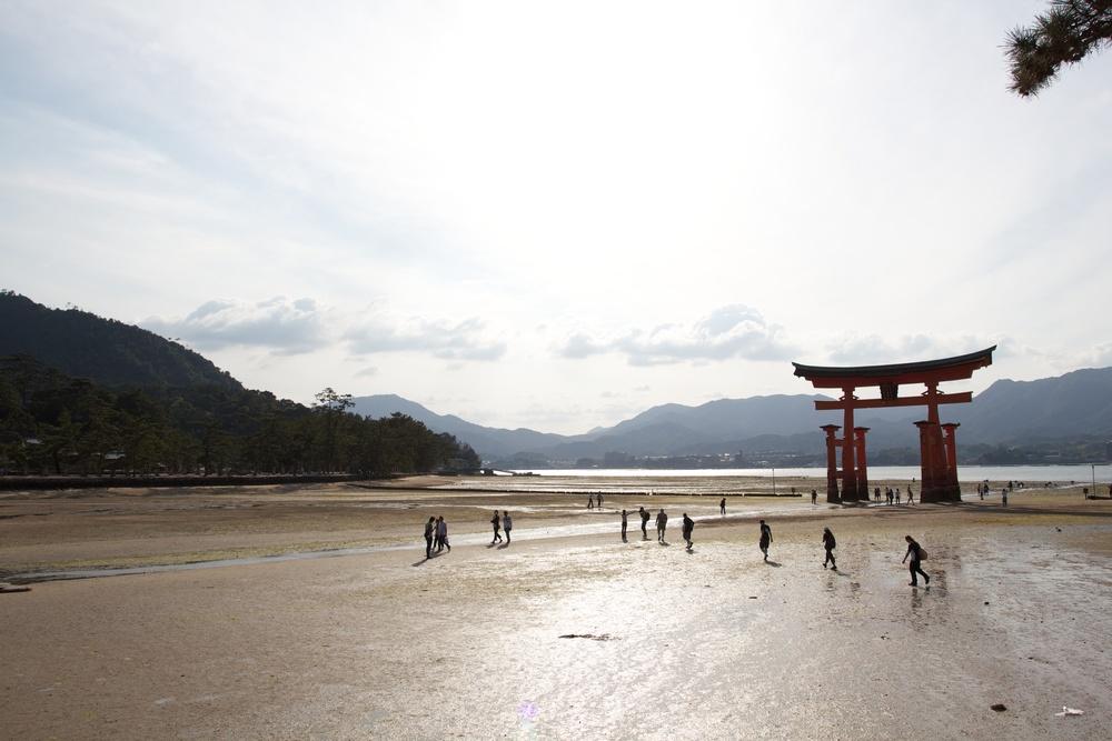 Miyajima Island Floating Torii (Tide Out), Hiroshima.jpg