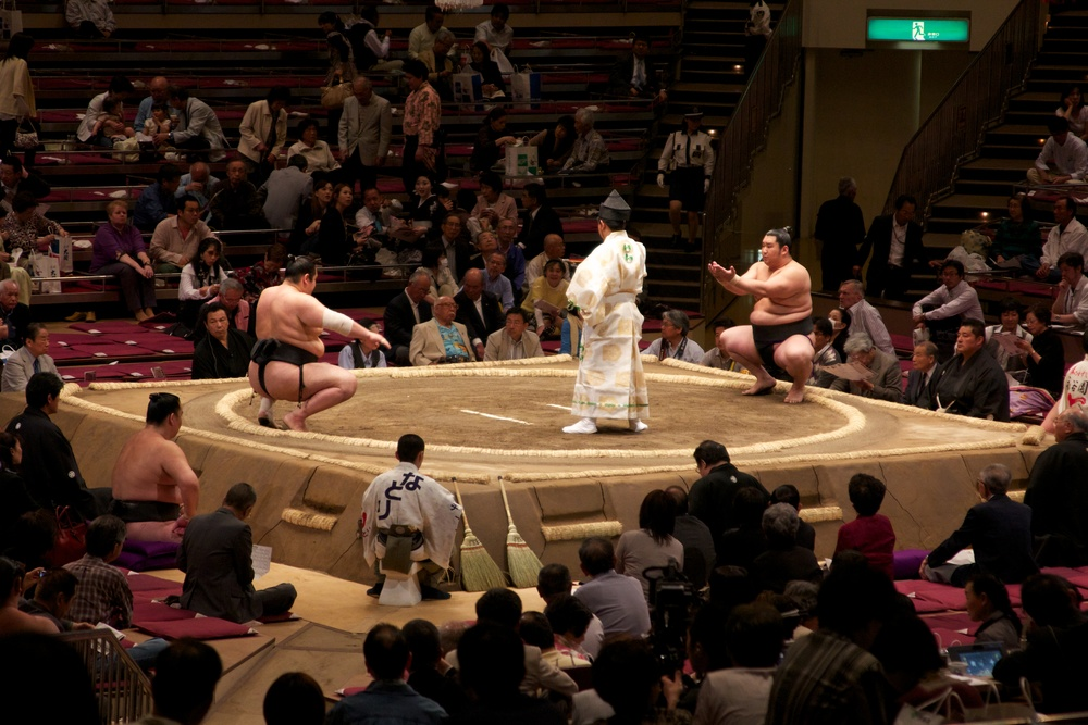 Sumo Tournament, Tokyo.jpg