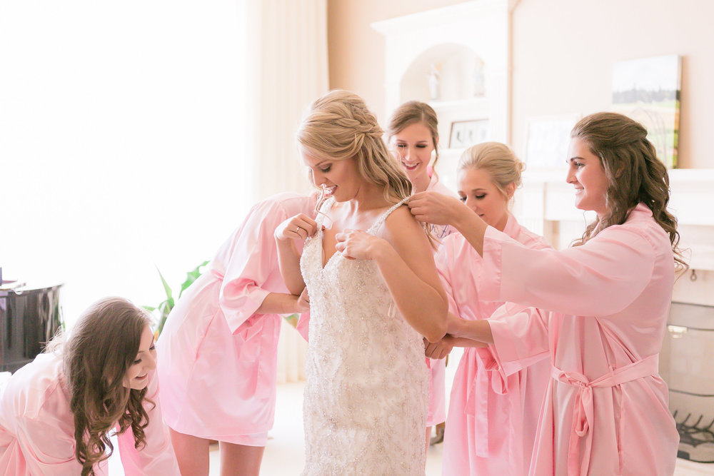 iowa-wedding-cedar-rapids-backyard-ceremony-outdoor-wedding-white-beaded-bride-getting-ready-bridesmaids-pink-robes-planned-by-mostly-becky-weddings