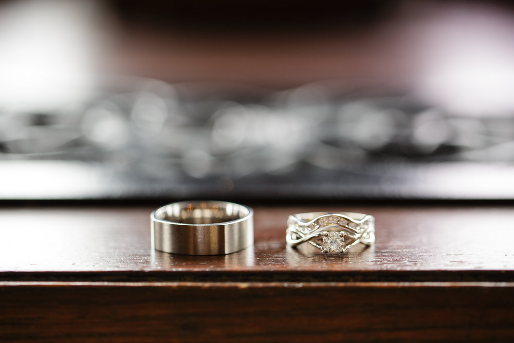 white gold wedding rings photograpahy .jpg