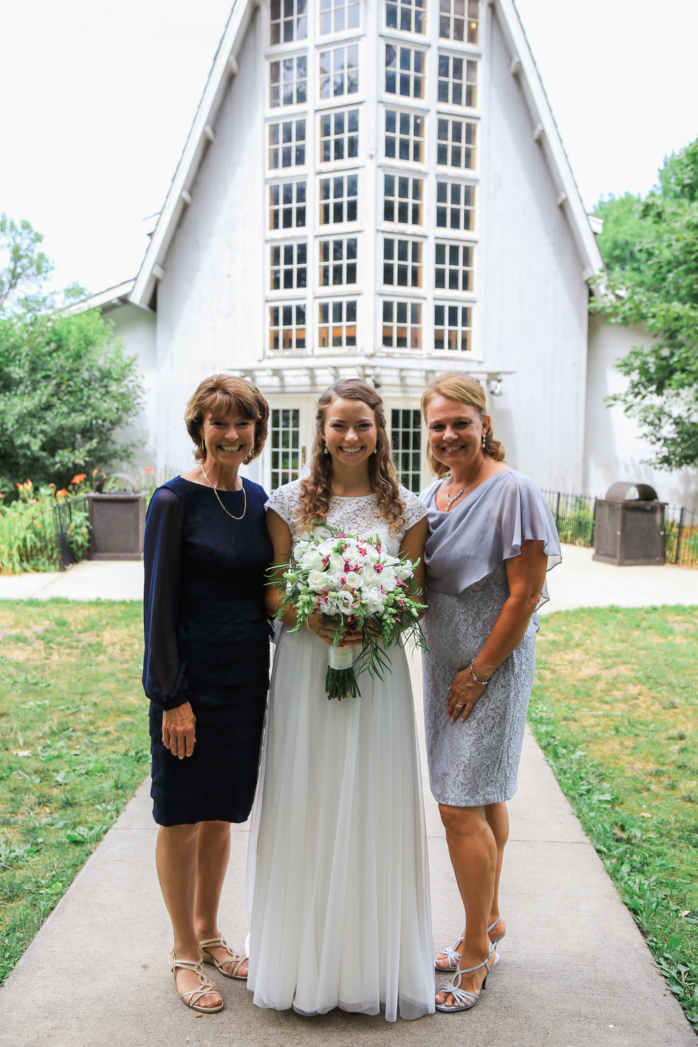 motherofthebrideweddingportrait.jpg