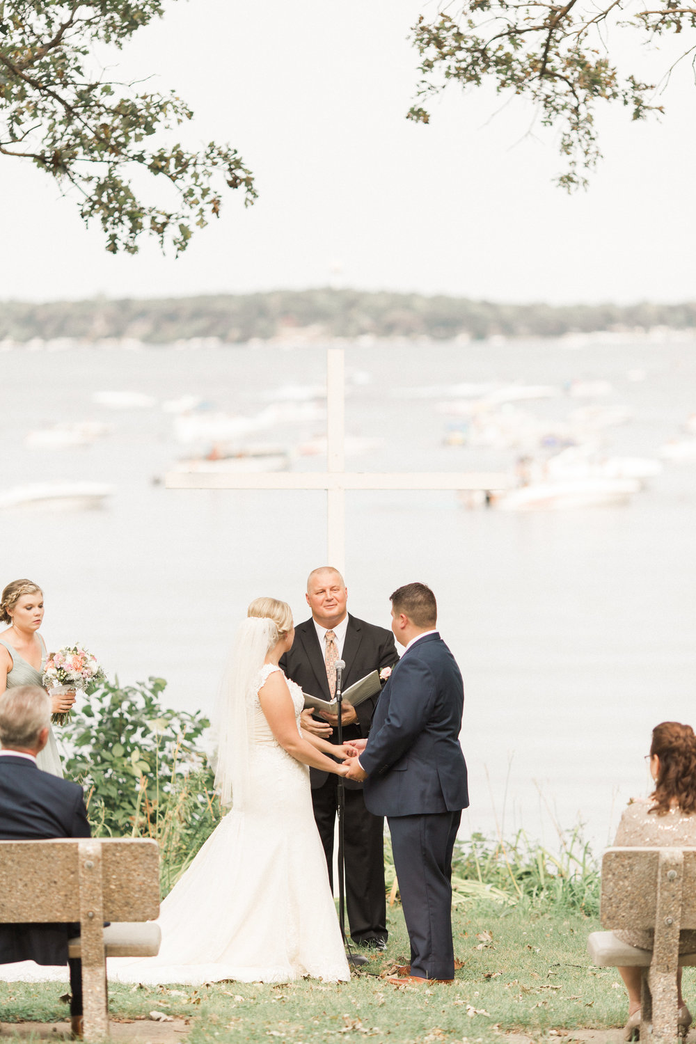 outdoor-iowa-lake-view-wedding-ceremony