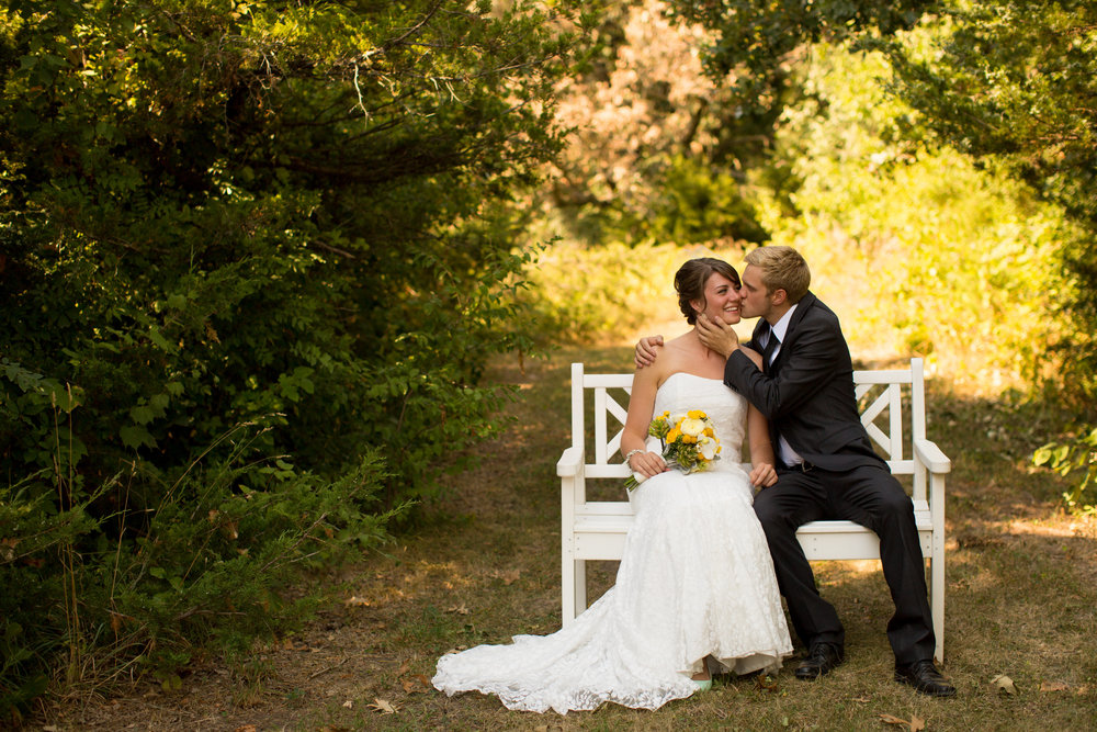 iowa-venue-fort-dodge-farm-outdoor-wedding-rustic-country-lace-strapless-dress-yellow