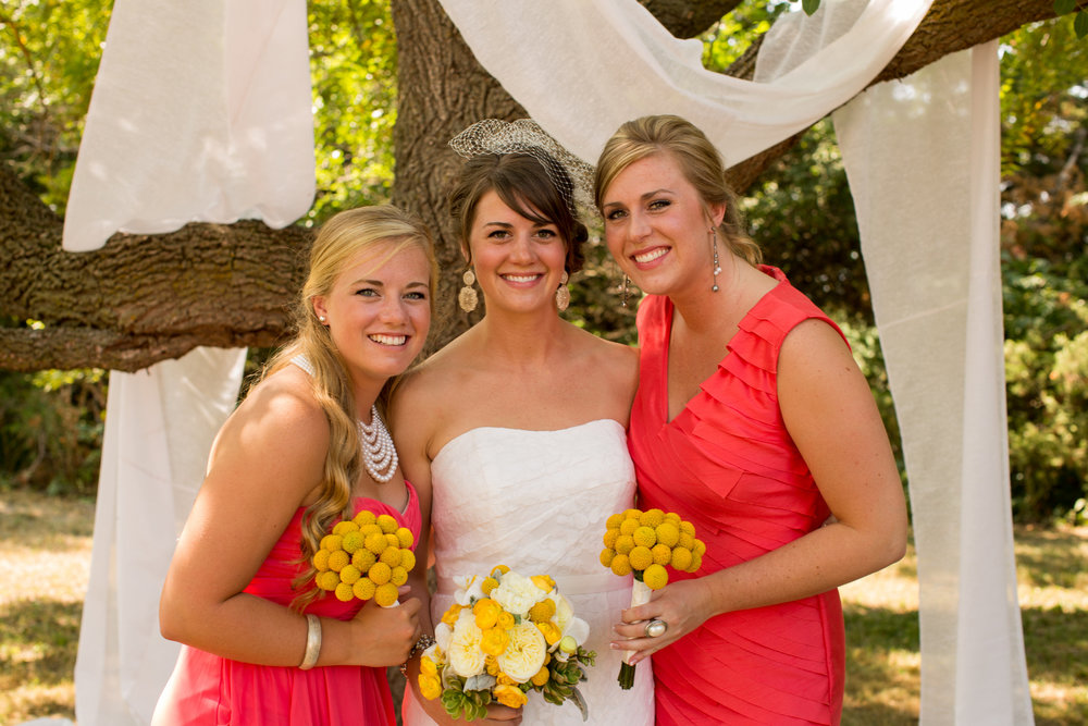 iowa-venue-fort-dodge-farm-outdoor-wedding-rustic-country-lace-strapless-dress-yellow-coral-bridesmaids