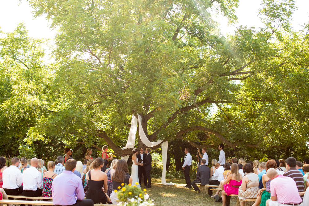 iowa-venue-fort-dodge-first-presbyterian-church-reception-rustic-country-lace-yellow-billy-balls-teal-vintage-outdoor-ceremony-fabric-tree-hay-bales