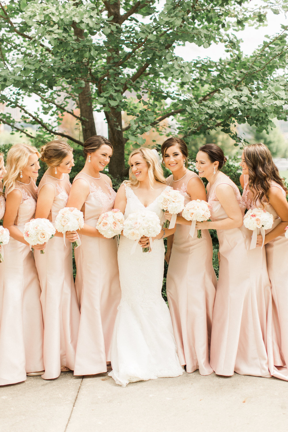 iowa-wedding-iowa-venue-blush-white-pink-bridesmaids-dresses-downtown-desmoines-planned-mostly-becky-weddings-outdoor-bridal-party-photos