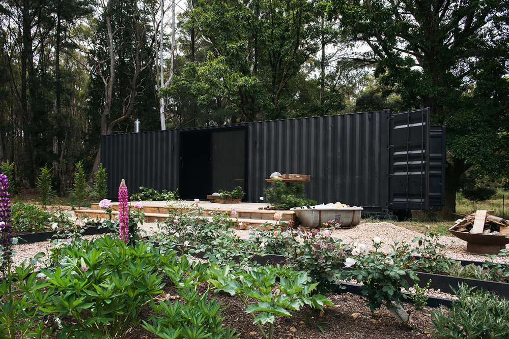 SETSQUARE-STUDIO_OAMP-SHIPPING-CONTAINER_01.jpg