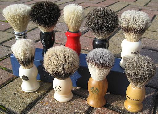 Budget-shaving-brushes-1.jpg
