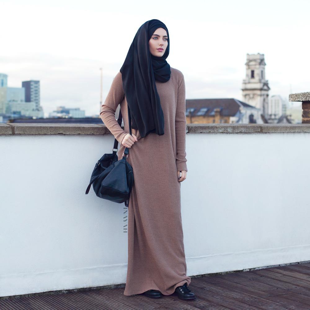 Leather jacket hijab - Modest Wardrobe University Girl
