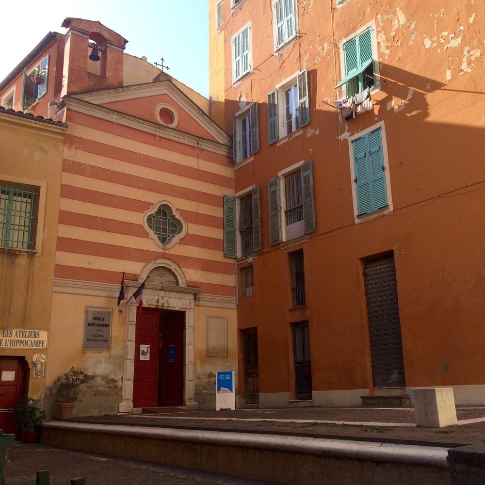 Rue de l'église. Villefranche-sur-Mer. 16/10 2015