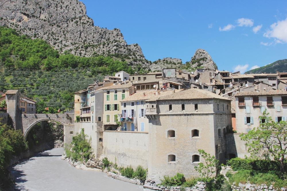 entrevaux village médiéval