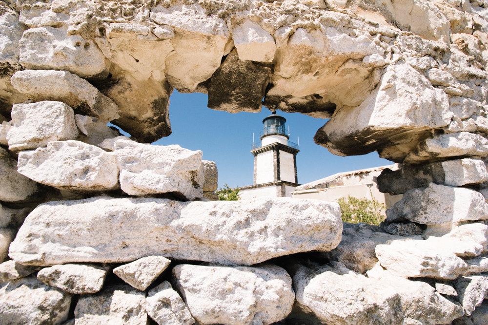 Capo pertusato phare bonifacio.jpg