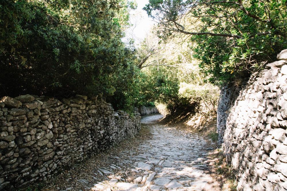 Strada vecia bunifaziu corsica.jpg
