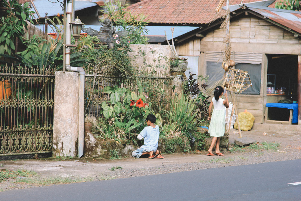 Lac-buyan-Bali-enfants-blog-voyage.jpg