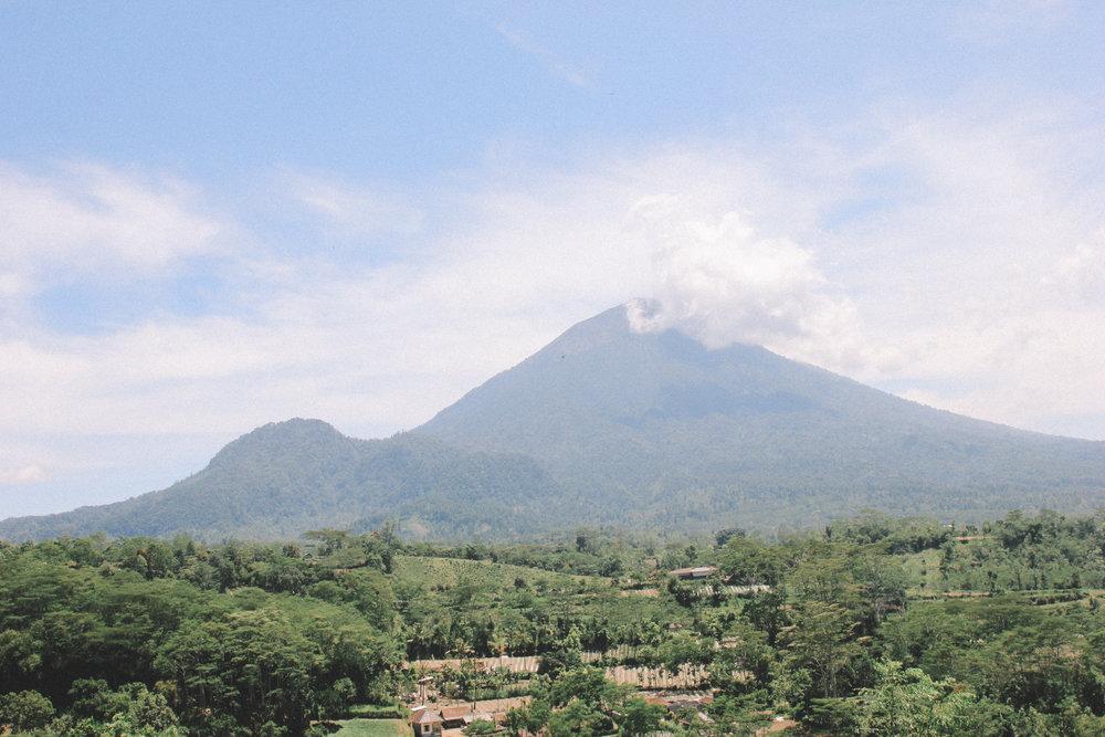 Mont-Batur-Bali-onmywayblog.jpg
