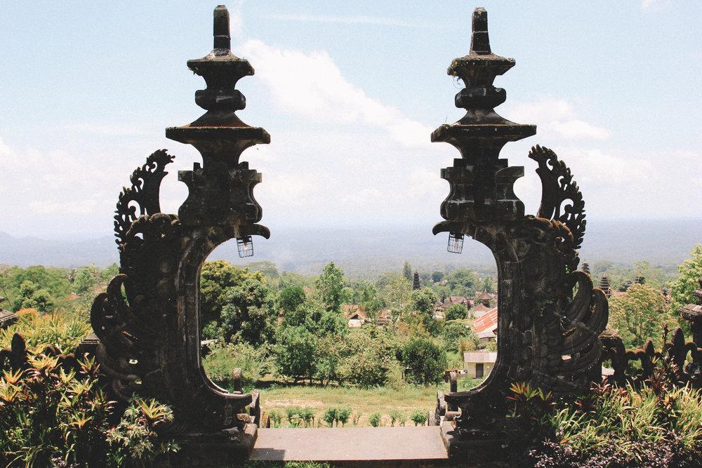 besakih-temple-bali-voyage-onmywayfr.jpg
