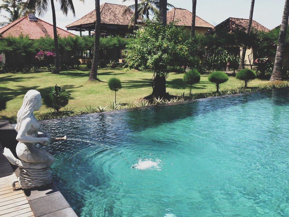 Villa-karang-gili-air.JPG
