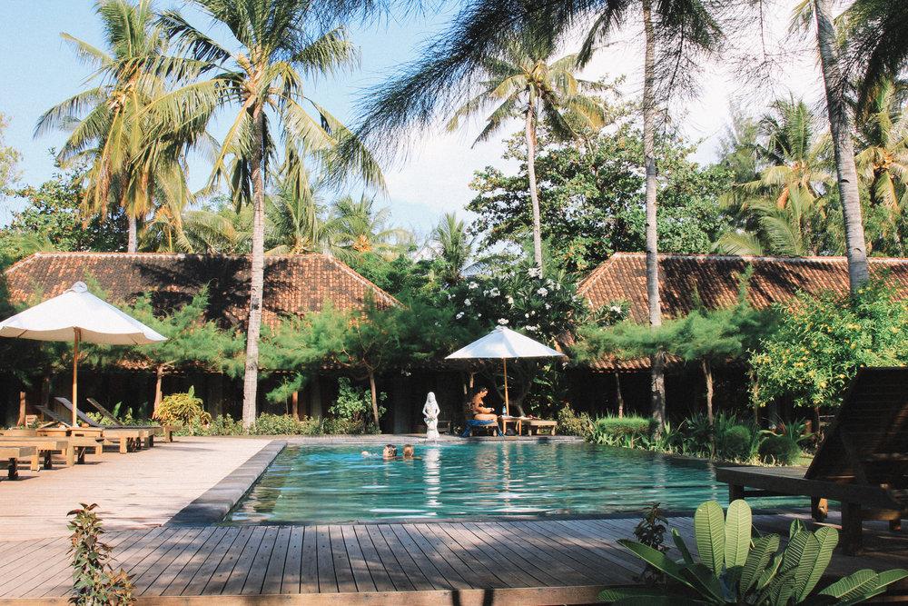 Villa-karang-giliAir.jpg