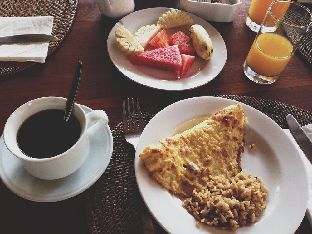 villakarang-breakfast-gili.JPG