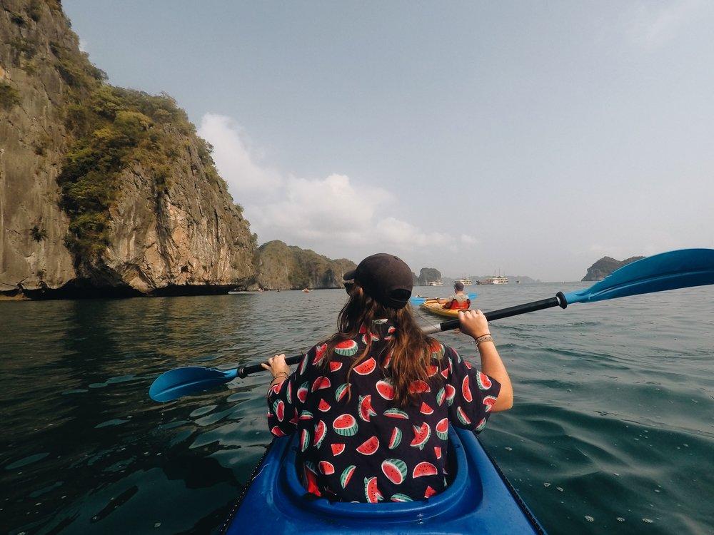 baie-d-halong-kayak-orchid-cruise-padoune.JPG
