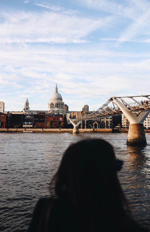 millennium-bridge-vue.JPG