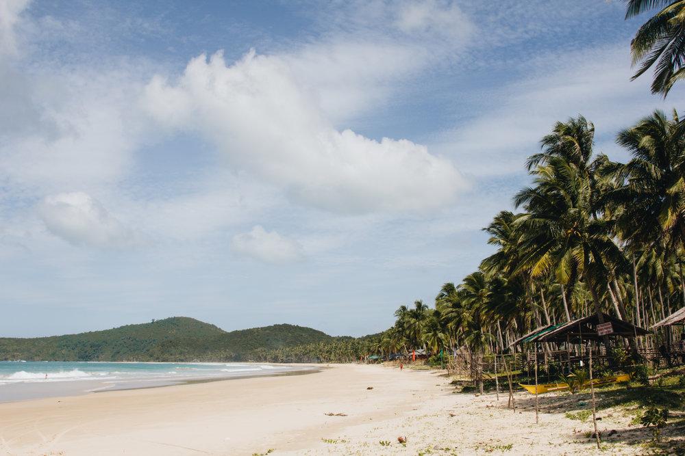 Nacpan-beach-El-Nido.jpg