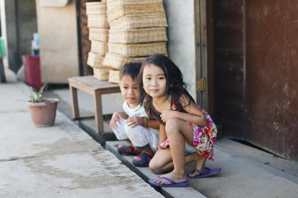 El-Nido-enfants-palawan-philippines.jpg