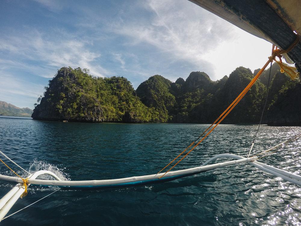 coron-palawan-island-hopping-philippines.jpg