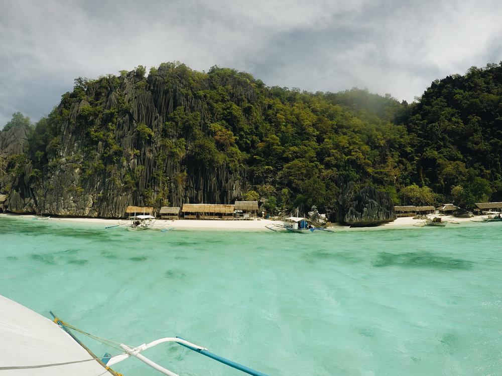 coron-banol-beach-philippines-palawan.jpg