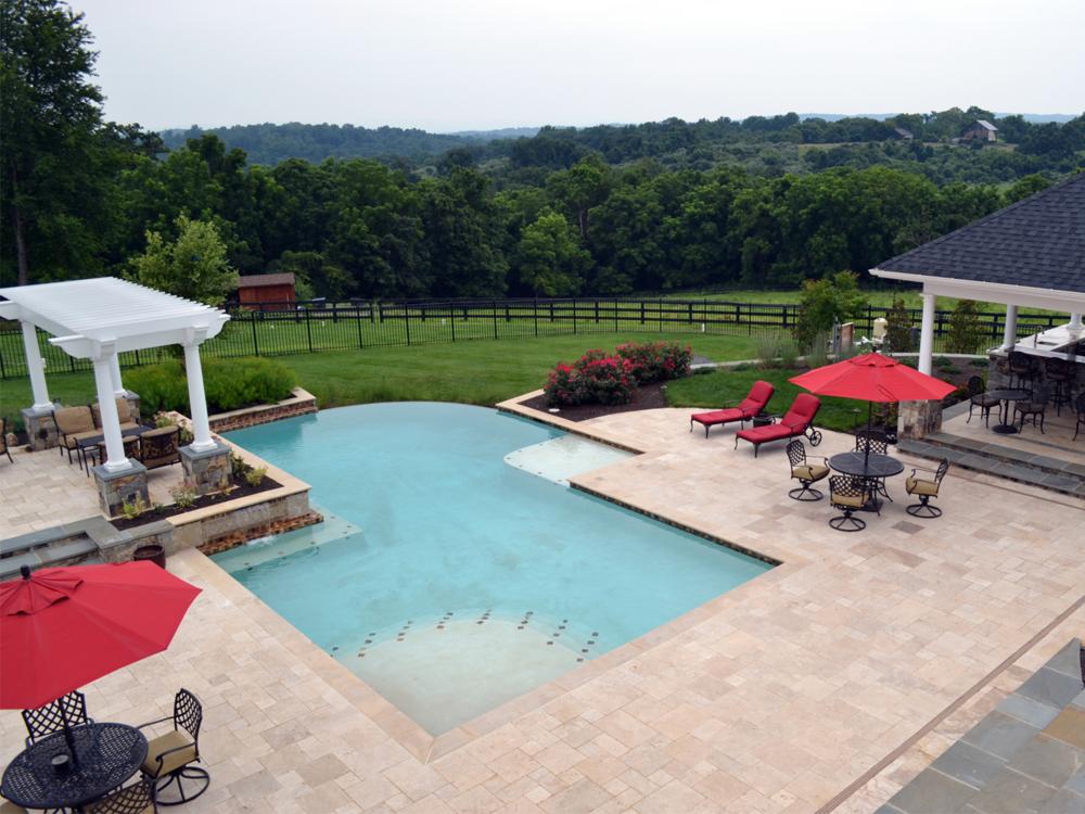 Aldie Residence Infinity Pool