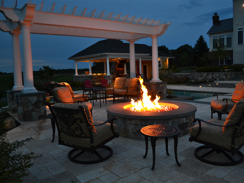 Aldie Residence Fire Pit & Seating Area