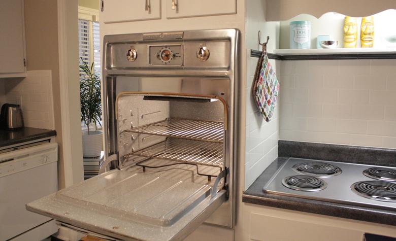 GE 1957 wall oven