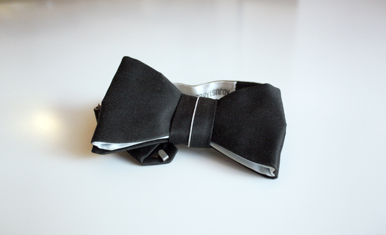 vintage silk bow tie