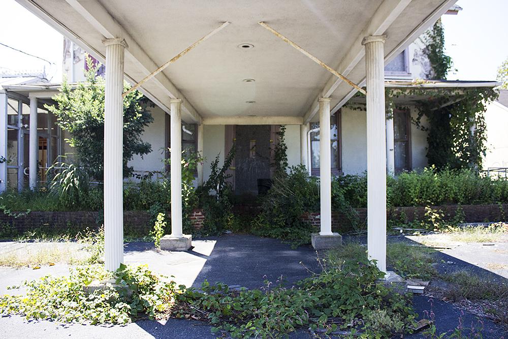 Abandoned + Haunted Inn