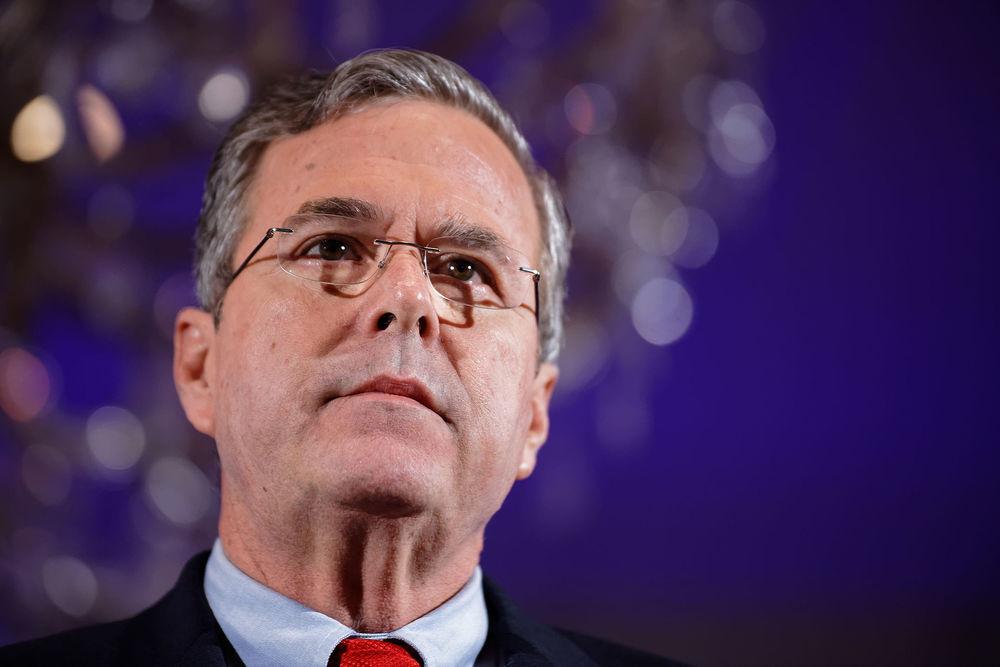 Governor_of_Florida_Jeb_Bush_at_NH_FITN_2016_by_Michael_Vadon_07.jpg