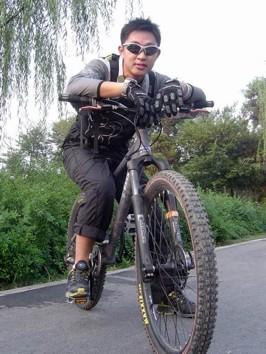 Fang Yunzhou  Engineer, China Operations