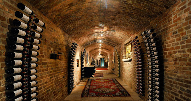 Wineries & cellars as a location for business meetings. Image from balbiano.com
