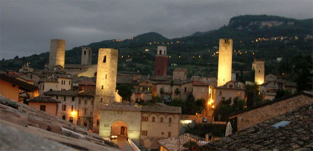 The towers of Ascoli Piceno - image by bashi13 on Panoramio