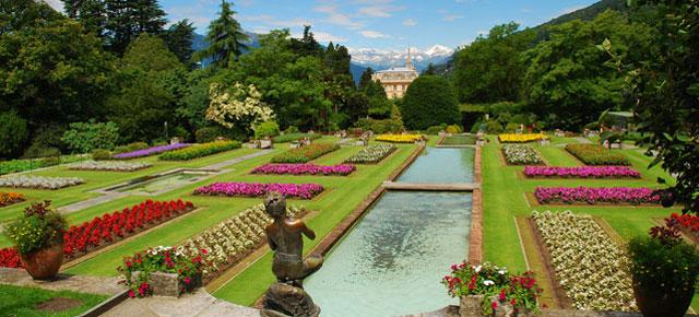 Botanic gardens of Villa Taranto on Lake Maggiore, image from viaggiare.dimoredepoca.it