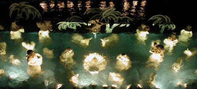 Underwater Nativity Scene, image from presepesommerso.it