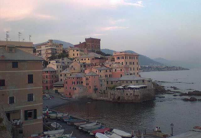 A glimpse of Boccadasse - image by Stefano Mazzone Genova