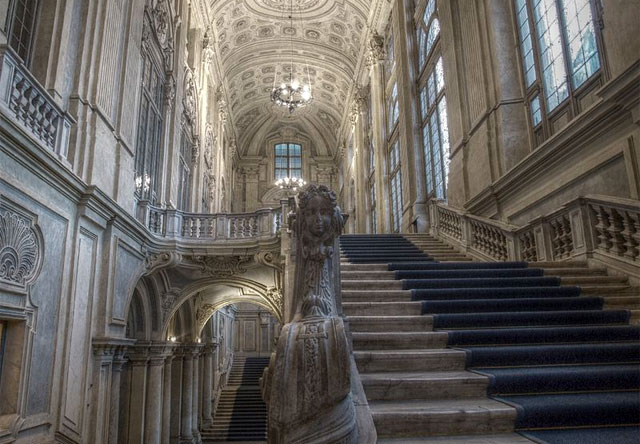 The majestic Juvarra staircase inside Palazzo Madama. Image by Pantar
